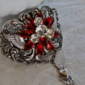ROMANTIC WINGS  swarovski crystal SIAM vintage by cynthiacouture