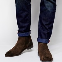 ASOS Chelsea Boots in Suede - Brown