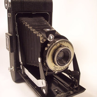 1939 Eastman Kodak Vigilant Six-16 Folding Rollfilm Camera