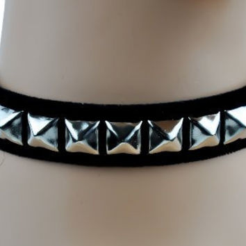 Soft Black Velvet Pyramid Stud Choker Necklace