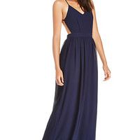 DailyLook: DAILYLOOK Backless Chiffon Maxi Dress in Navy XS - L