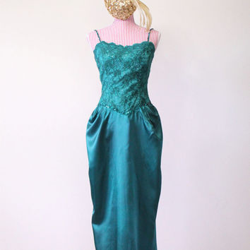1950s Dress / VINTAGE / Evening Gown / Bombshell / Green / Satin / Lace / Sequins