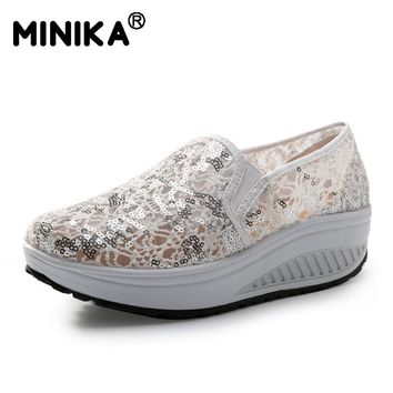 Minika Women Casual Lace Shoes Mesh Flats Shoes Summer Breathable Lightweight Walking Bling Shoes Woman Wedges Platform Shoes
