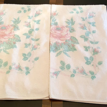 Vintage Towels Pink, Blue, Green Matching Set | Retro Floral Bath Towel Set in Pastel Rose Design | Set of Two