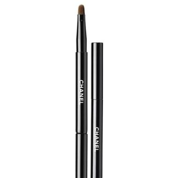 CHANEL LES PINCEAUX DE CHANEL Lip Brush | Nordstrom