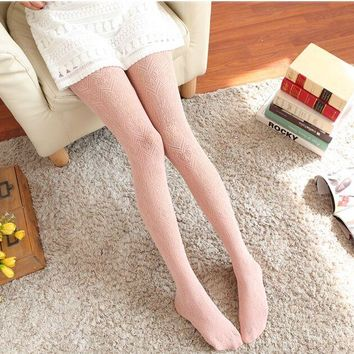 Lace Jacquard Weave Hollow Out Sexy Pantyhose Slim Vintage White Ultrathin Lucency Women Silk Socks Charming Legs Render Socks