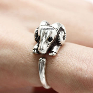 Sheep ring, retro sheep ring, Goat ring, chinese zodiac, new year's ring, animal wrap ring, animal ring, cute ring, adjustable ring,