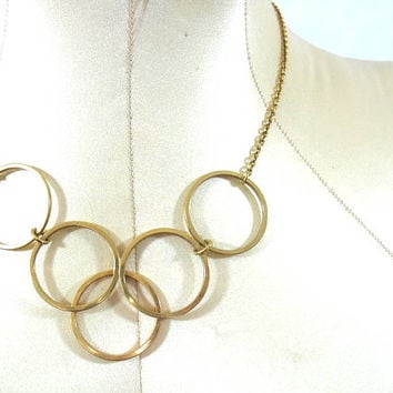 Vintage gold circle necklace / links / Five Ring Necklace. Gold Tone. Avon Link Chain Gilded Circles 1977