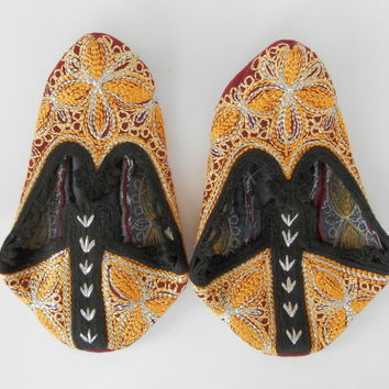Vintage Bulgarian hand made folk embroidery wool slippers, part of traditional folk costume