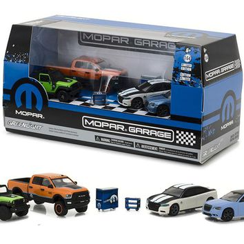 MOPAR Garage 6pc Set Multi Car Diorama 1/64 Diecast Model Cars by Greenlight