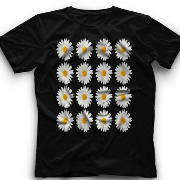 16 Daisy Flowers- T-Shirt 16 Daisy Flowers- Graphic -T