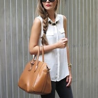 Sleeveless Shirt Collar Pocket Accent Top
