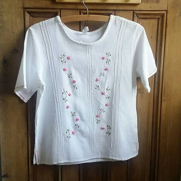 Womens vintage blouse white top rose embroidery floral clothes cotton shirt small folk woodland flowers short sleeves Dolly Topsy Etsy UK