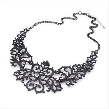 2014 Newest Jewelry For Women Gift 3 Colors Hollow Flower Alloy Vintage Gold Plated Short Choker Statement Necklaces & Pendants