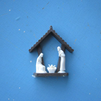 Mini Creche Nativity Ornament; Made in Japan - Vintage Plastic Creche Ornament - Tiny Creche Ornament - Mini Nativity