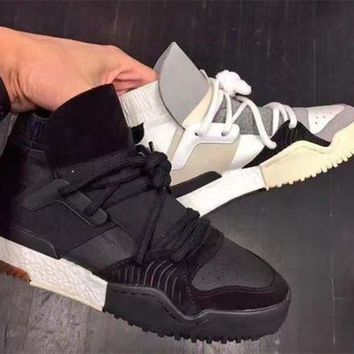 New Designer crossover brand Leather Ankle Boots flat boost Mens Sneakers Womens casua