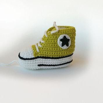 Lemon green crochet baby sneakers, Baby crochet shoes, Converse baby booties, Converse