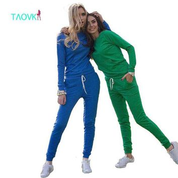 ONETOW TAOVK Women's Sportsuits Casual Sweatshirt Track & Sweat Tracksuit Long Sleeve Hoodies and Pants Set