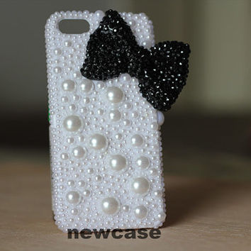 Cute iphone 5 Case, Diamond Pearl cell phone case black swarovski crystals Bow Bling iPhone 4s Case iPhone Case,