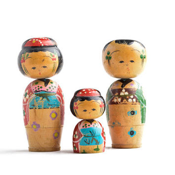 Vintage Kokeshi dolls small – wooden kokeshi bobblehead dolls – Japanese kokeshi nodding dolls