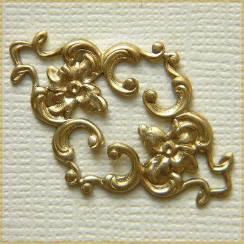 Raw Brass Filigree Diamond Ornate Stamping Wrap 23mm x 36mm- 4 pcs