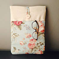 "Macbook  Air 13 inch Sleeve, Laptop Case Pocket,  13. 3 "" Mac Book Pro Retina Padded Cover, Bag, Vintage inspired Rose Floral Flower Pastel"