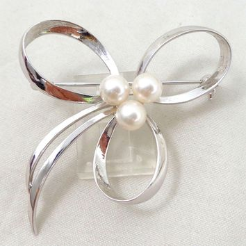 Vintage MIKIMOTO Sterling Silver Cultured Pearls Bow Pin