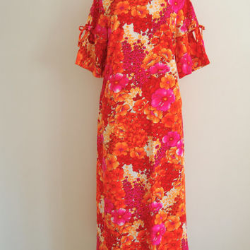 hawaiian maxi dress - 70s vintage bright pink orange tropical print slouchy oversized muumuu - one size fits most