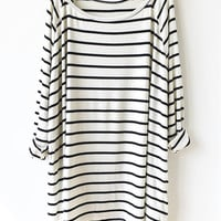 T-Shirts 2016 Brand Designer Women Summer Hot Top Fashion Casual White Black Striped Oversized Tops and Tees Loose T-Shirt