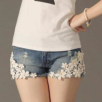 2018 New Summer Short Maternity Lace Jeans For Pregnant Women Clothing Pregnancy Clothes Shorts Belly Jeans