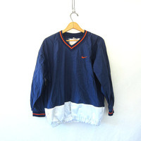 vintage NIKE coed pullover windbreaker. blue and white. slouchy nylon workout shirt. athletic wear