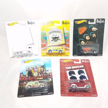 NEW 2017 Set Of 5 Hot Wheels Pop Culture BEATLES