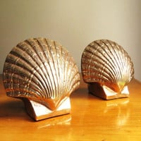 Vintage Brass Shell Bookends, Brass Bookends, Scallop Shell Bookends, Beach Decor, Marine Life, Oceanic, Nautical