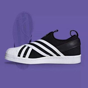 "Adidas Superstar SlipOn ""Black&White Stripe"" Sneaker AC8582"