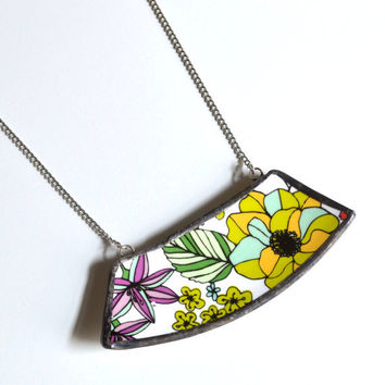 Wide Broken Plate Necklace - Modern Floral - Recycled China