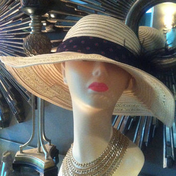 Floopy Fedora CLOCHE Sunhat with black velvet flower and black feathers fashion silk black and red ban around hat