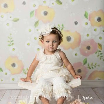 PEACH PINK WHITE POSIES FLOWERS PLATINUM CLOTH BACKDROP WITH GROMMETS - 8x8 - LCPC6350G - LAST CALL