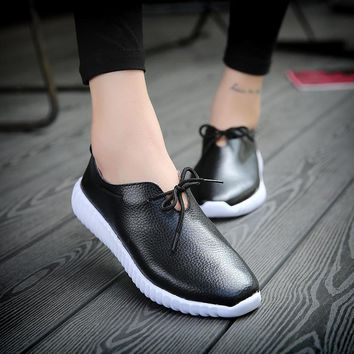 2017 Fashion Women Genuine Leather shoes woman Moccasins Woman's Leisure Flats Female Driving Shoes Flat Loafers white black