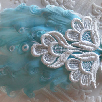 Tiffany Blue and Pure White with Vintage Venise Lace Nagorie Feather Headband