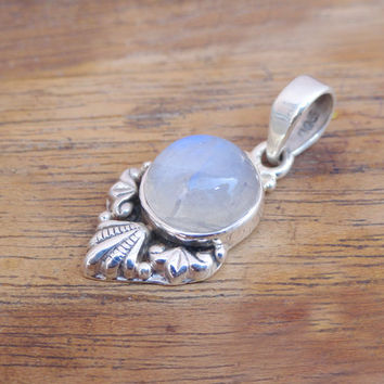 Natural Moonstone Pendant, Sterling Silver moonstone pendant, silver moon stone Pendant, moonstone gemstone pendant,Moonstone Silver Pendant