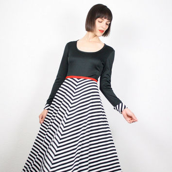 Vintage 70s Dress Maxi Dress Black White Red Mod Dress Long Sleeve Chevron Striped Dress 1970s Mod Stripes Maxi Prom Gown S Small M Medium