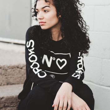 WOMENS NO LOVE CREWNECK - BLACK