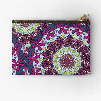 'Retro Kaleidoscope Doodle Art ' Studio Pouch by Gravityx9