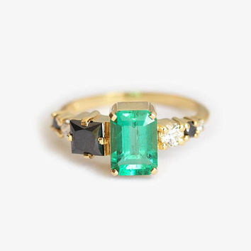 Emerald Cluster Ring, Emerald Engagement Ring, Unique Emerald Ring, Emerald Diamond Ring, Gold Cluster Ring, One of A Kind Engagement Ring