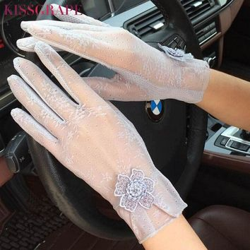 New Fashion Summer Lace Gloves For Women Sunscreen Anti-UV Thin gloves with Flowers Women's Spring Driving Gloves Female Guantes