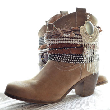 Music festival boots, Boho cuff boots, Bohemian booties, Coachella style, Vintage cowboy boots, boho fall fashion 2015, True rebel clothing