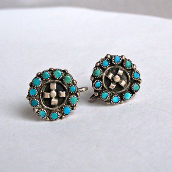 Vintage Zuni Snake Eyes Earrings,Zuni Turquoise Earrings,Zuni Petit Point Earrings,Screw Back Earring,Turquoise Earrings,Southwestern,Native