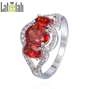 Lateefah Vintage Three Stones Wedding Rings for Women Created Garnet Cubic Zirconia Victorian Wieck Female Birthstone Ring Anel