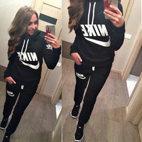 "[ On Sale ] (2 Pcs) "" Nike "" like and Logo Print Long Sleeve Women Hoodie Blouse Top Shirt and Sweatpants Bottom Set"