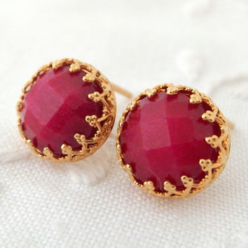 Ruby jade stud earrings, Bridal earrings, bridesmaids gifts, Wedding jewelry, deep red earrings, Gold earrings, Birthstone earrings